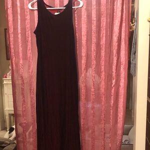 Absolutely stunning velvet dress